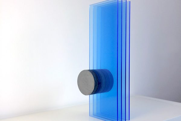circle deep blue sculpture